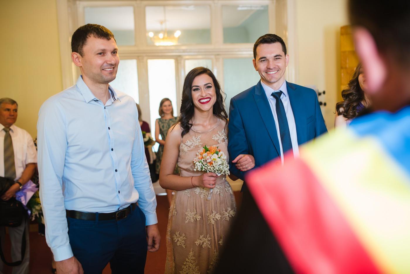 Fotografie in ziua cununiei civile in Cluj-Napoca