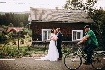 Fotografie de nunta in Sucevita - Denisa si Bogdan - sneak peak